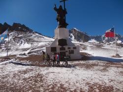 Sommet du christo redentor entre argentine et chili